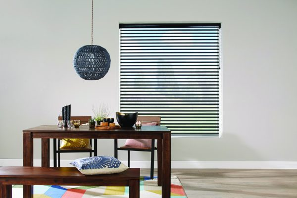 Luovolite night and day blinds licorice