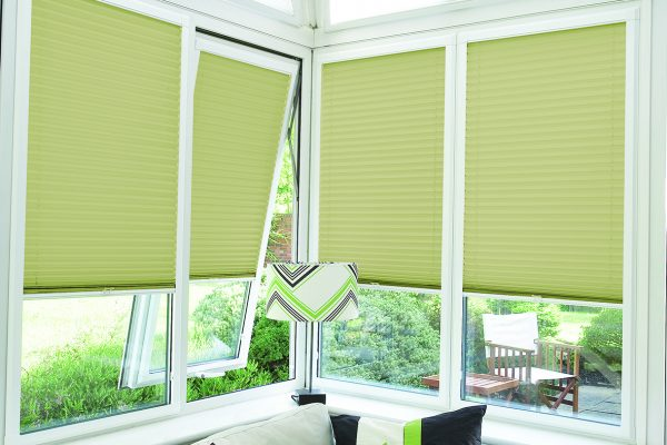 Luovolite perfect fit blinds pale green