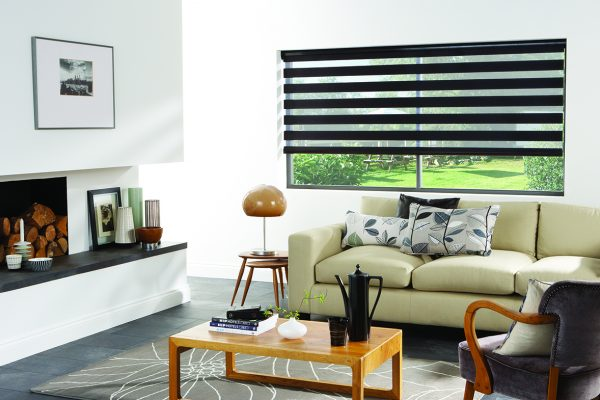 Luovolite night and day blinds black Venice