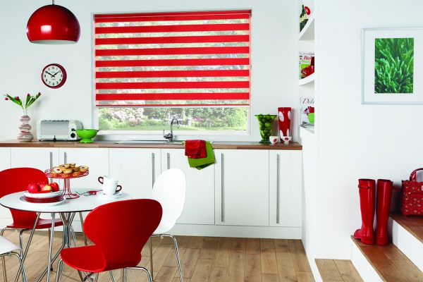 Luovolite night and day blinds scarlet