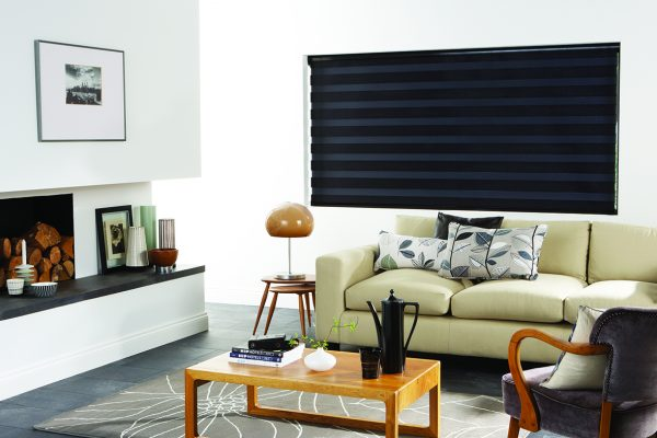 Luovo Lite black night and day blinds